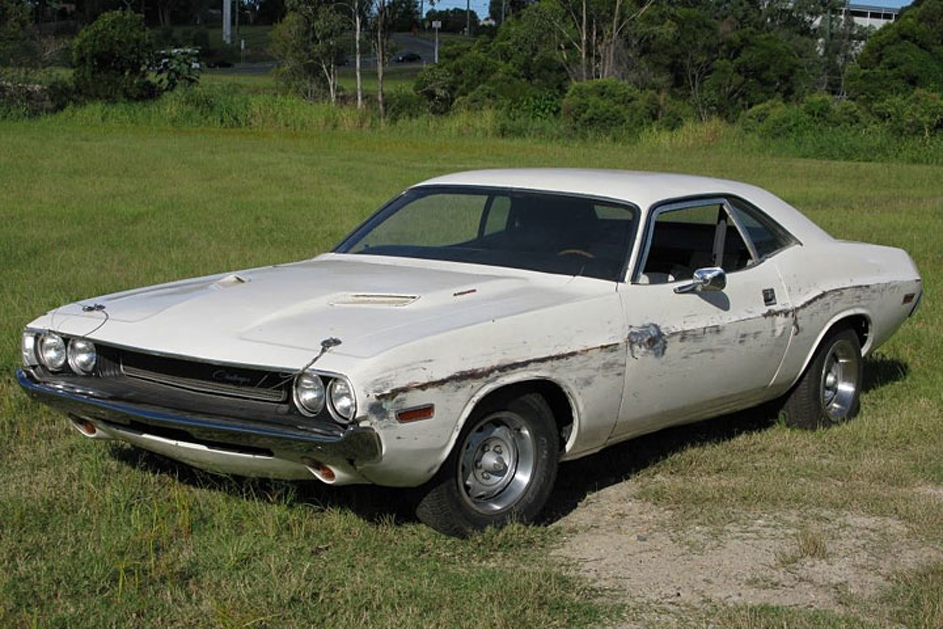 """Dodge Challenger from Quentin Tarantino\'s """"Death Proof"""" Hits eBay"""