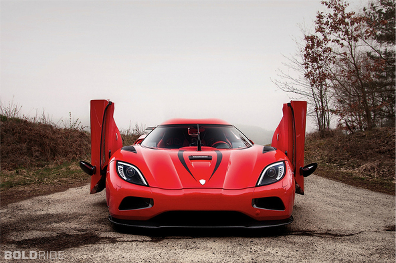 Wheels Wallpaper: 2013 Koenigsegg Agera R
