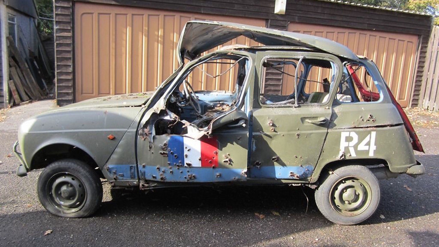 Top Gear's Army-prepped Renault hits eBay, isn't ready to surrender