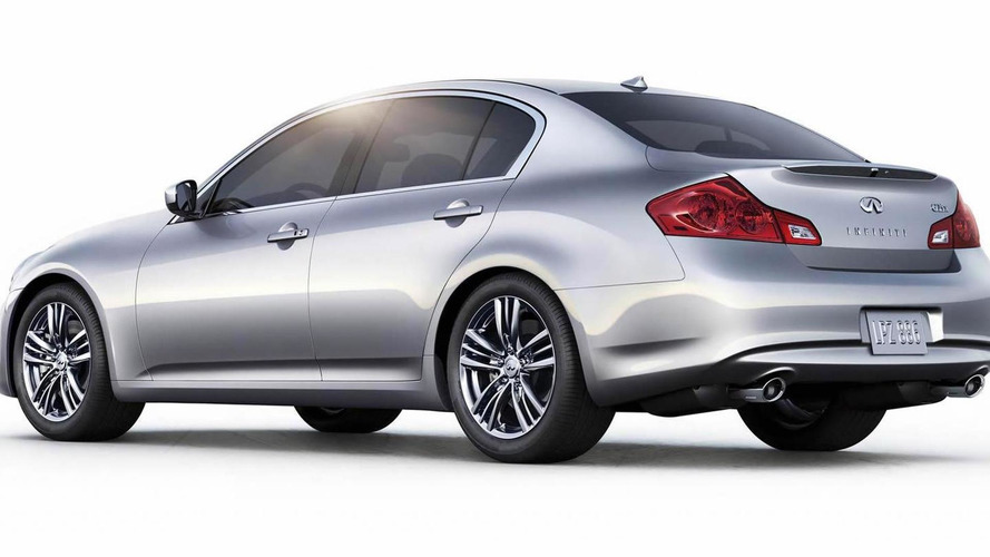 Entry-level Infiniti G25 sedan unveiled at Pebble Beach