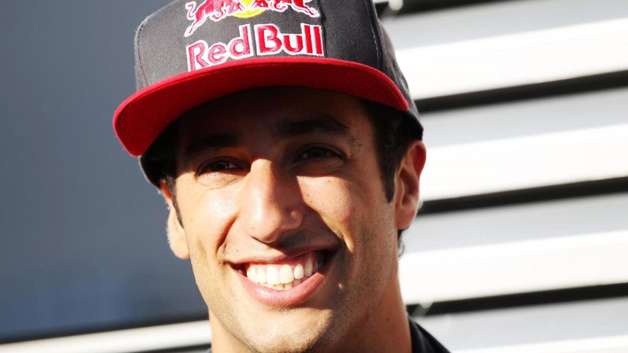 Webber reveals Ricciardo is Red Bull successor