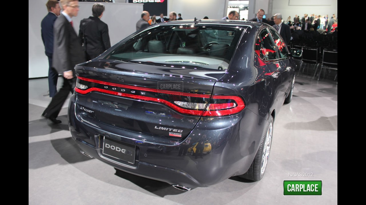 Direto de Detroit: Fotos do Novo Dodge Dart 2012