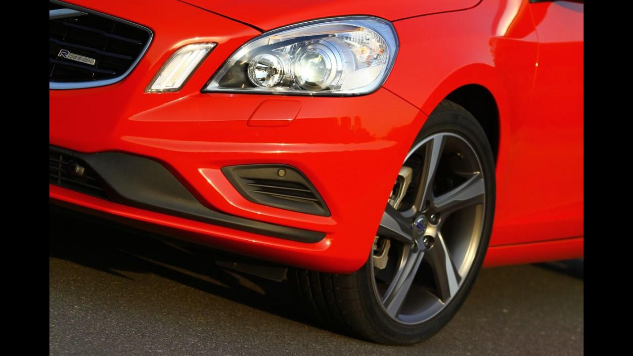 """Impressões ao dirigir: Novo Volvo V60 T5 Comfort R-Design - O """"SportWagon"""""""