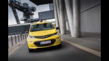 Opel Ampera-e, l'elettrica per Papa Francesco