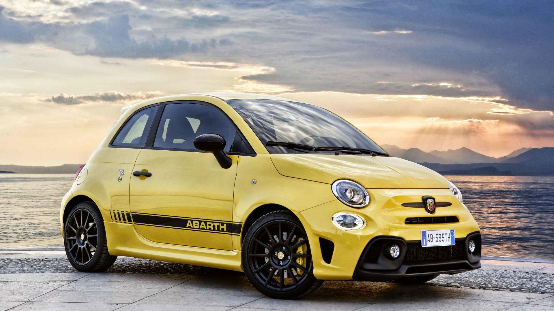 rent italy arbath fiat abarth hire competizione car a luxury