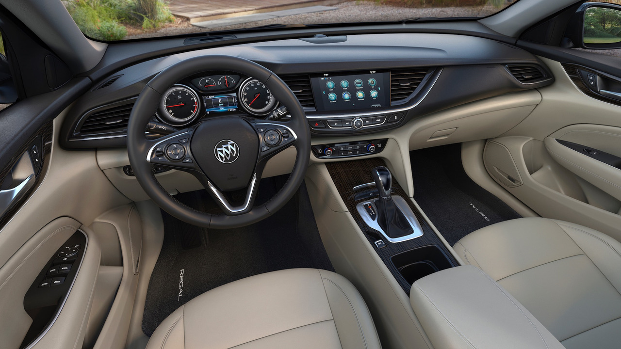 2018 Regal Tourx Review >> 2018 Buick Regal Arrives With Sportback And TourX Body Styles