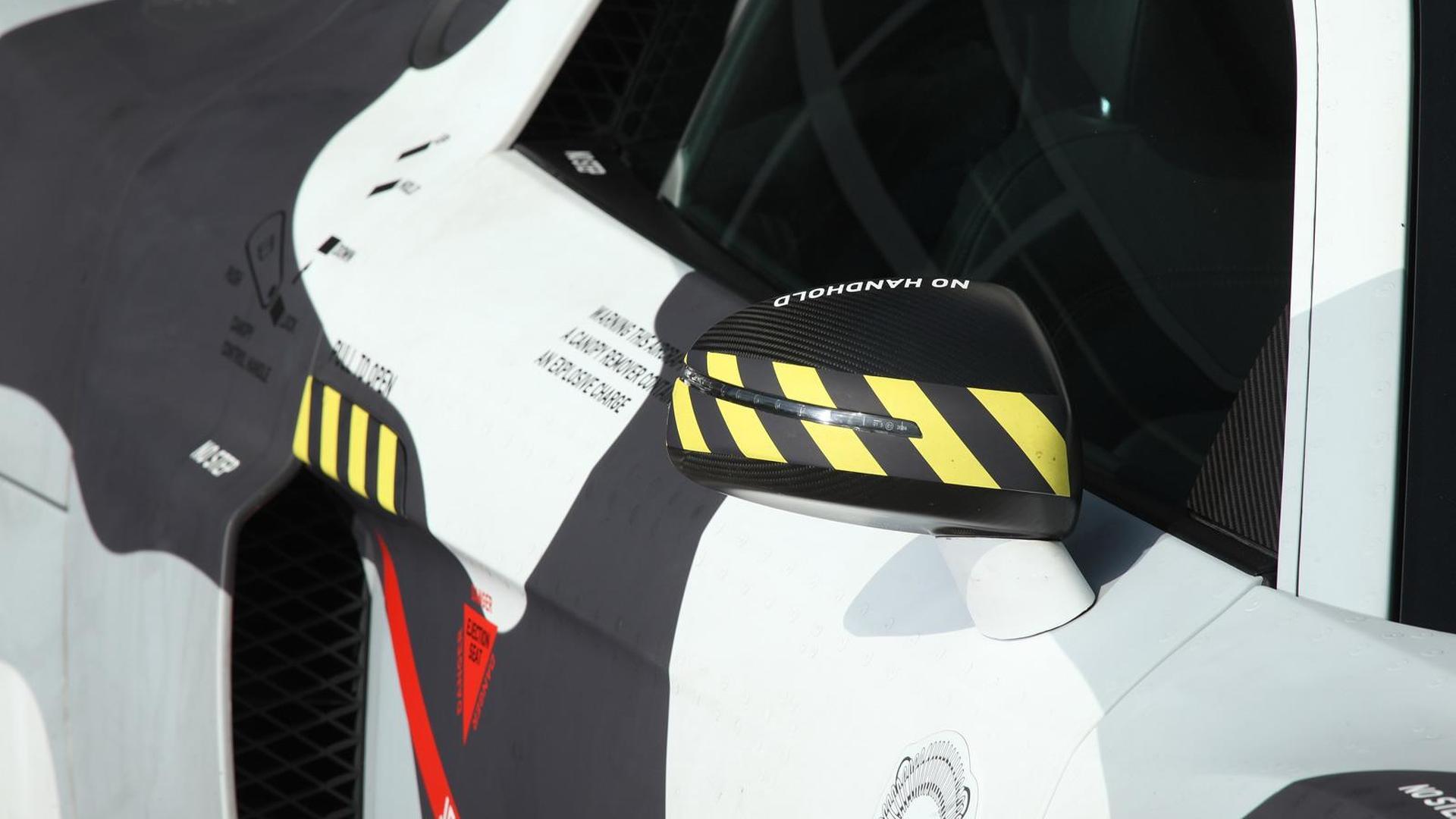 Наклейки на зеркалах Audi R8 V8