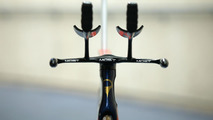Pinarello & Jaguar Co-Engineer UCI Hour Record Bolide HR Bike