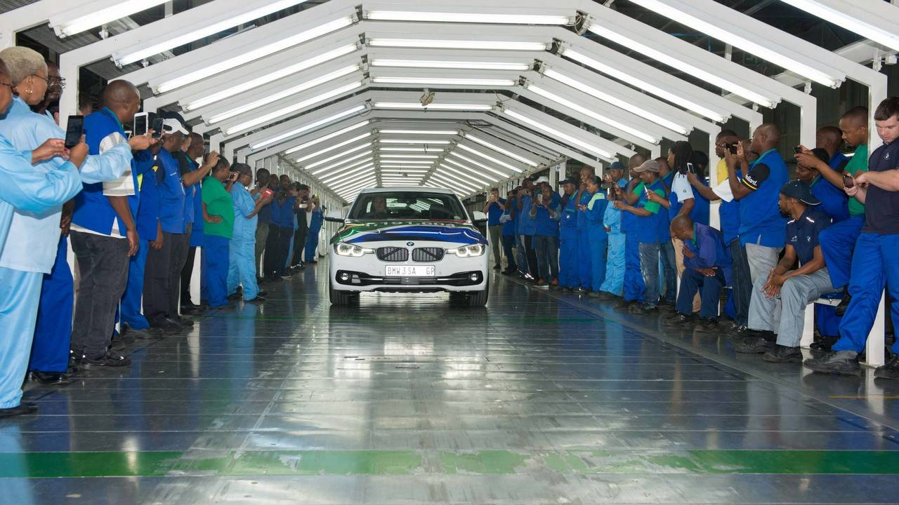 BMW 3 Series where is bmw 3 series built Last BMW 3 Series Sedan built at Rosslyn factory in South Africa ...