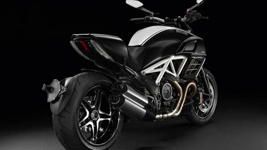 Ducati Diavel AMG Special Edition revealed