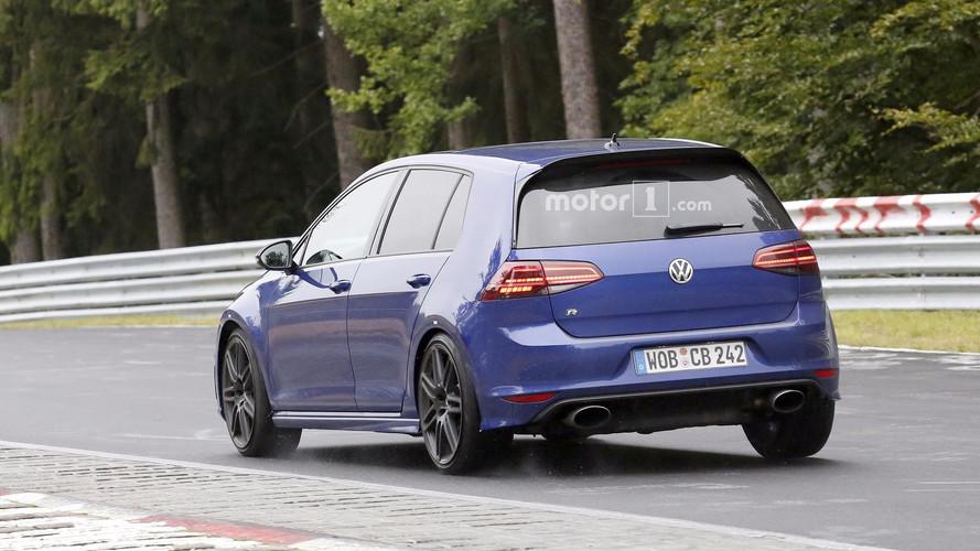 Bu VW Golf R'ın egzoz çıkışları neden Audi RS'ler gibi oval?