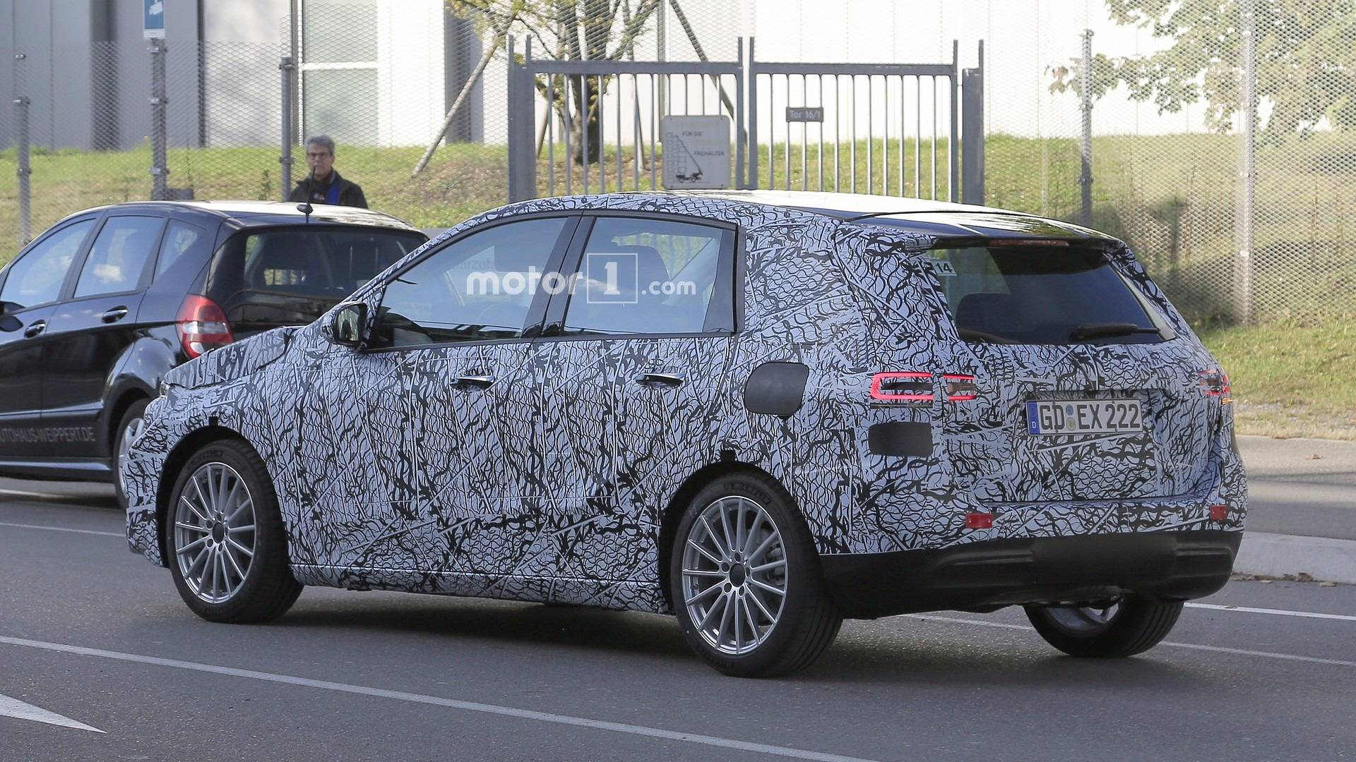 next gen mercedes benz b class spied for the first time. Black Bedroom Furniture Sets. Home Design Ideas
