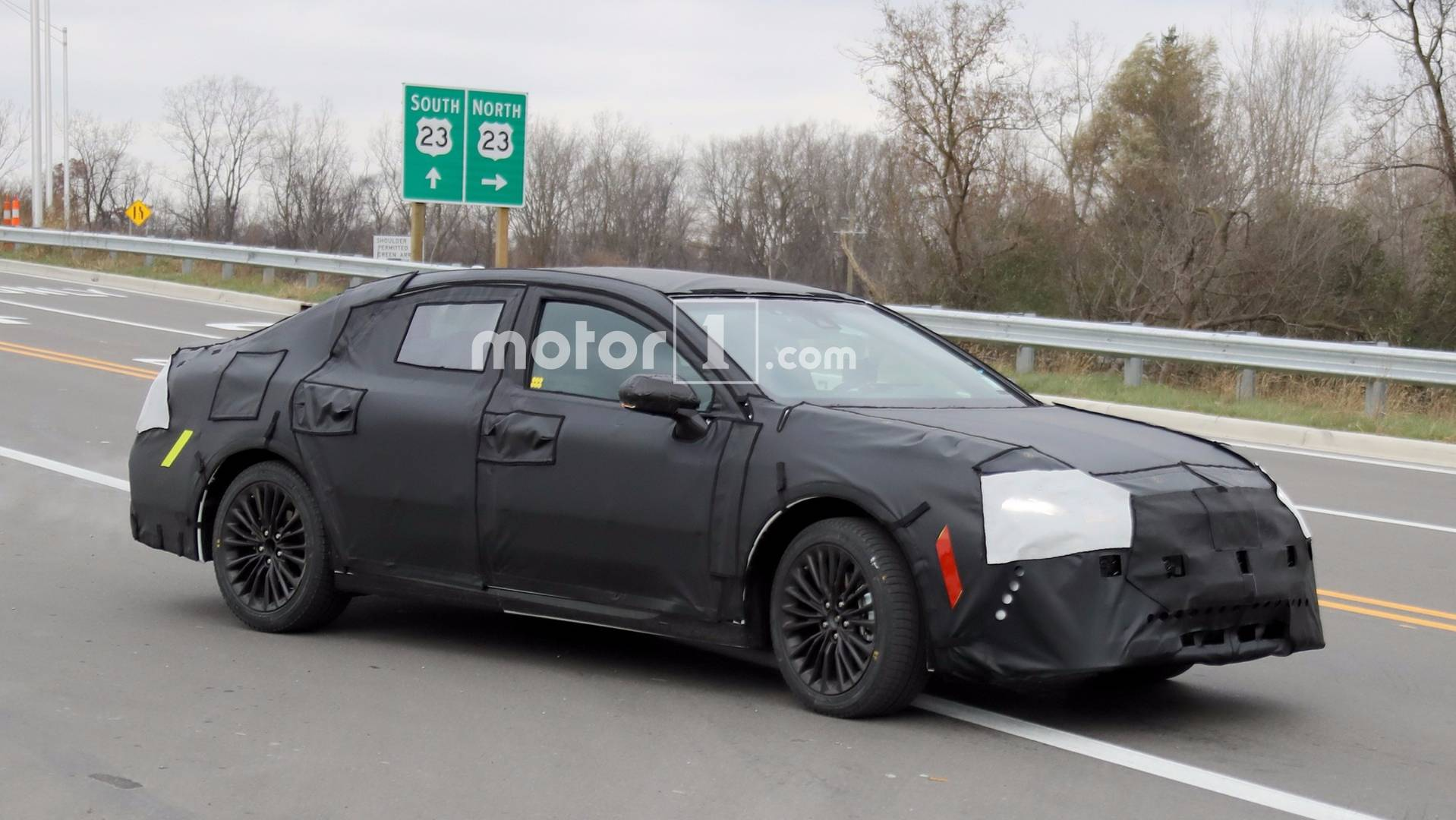2018 - [Toyota] Avalon 2019-toyota-avalon-spy-photo