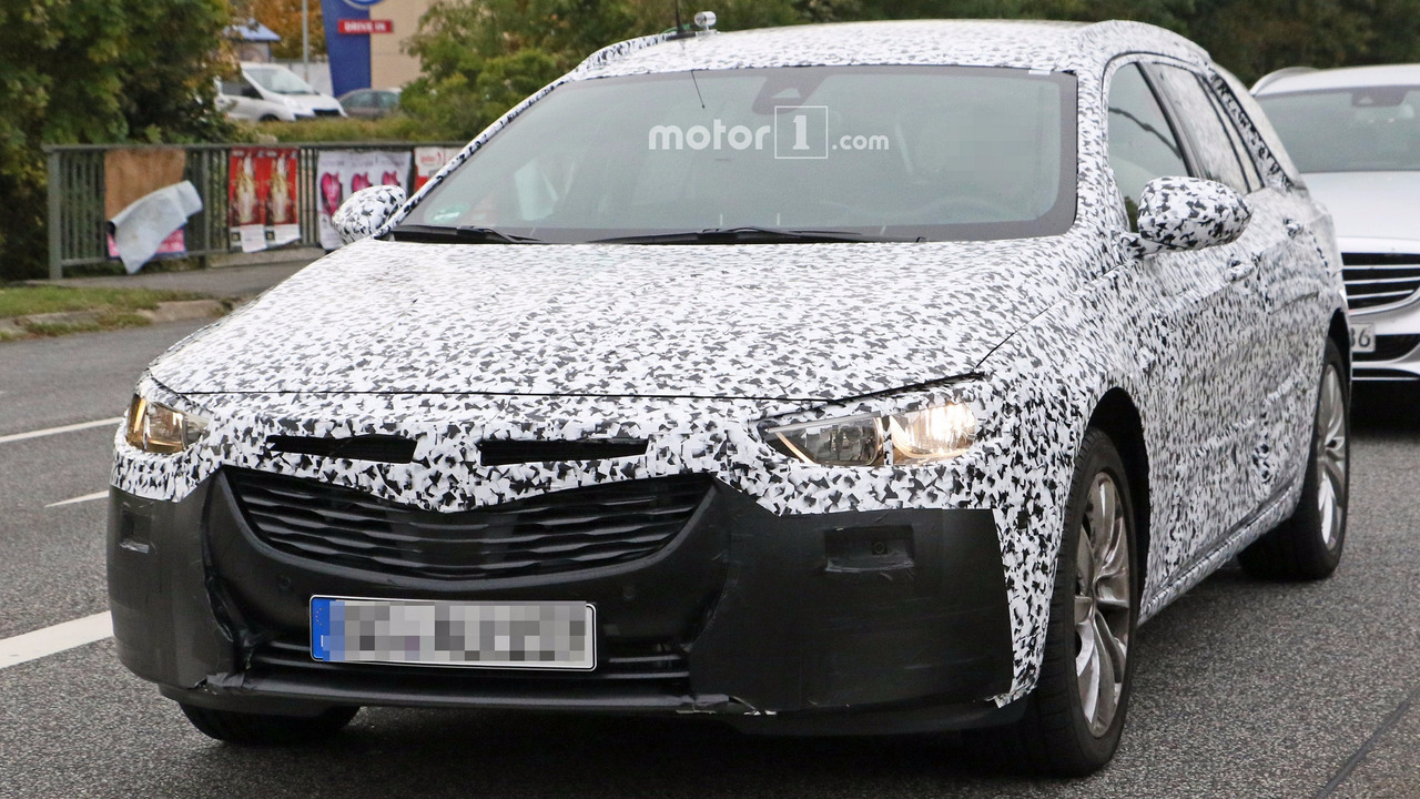 2017 Opel Insignia wagon spy photo