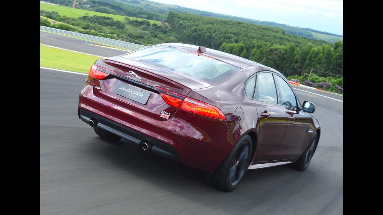 Sedãs Premium mais vendidos: A3 Sedan despenca e Classe C lidera por pouco