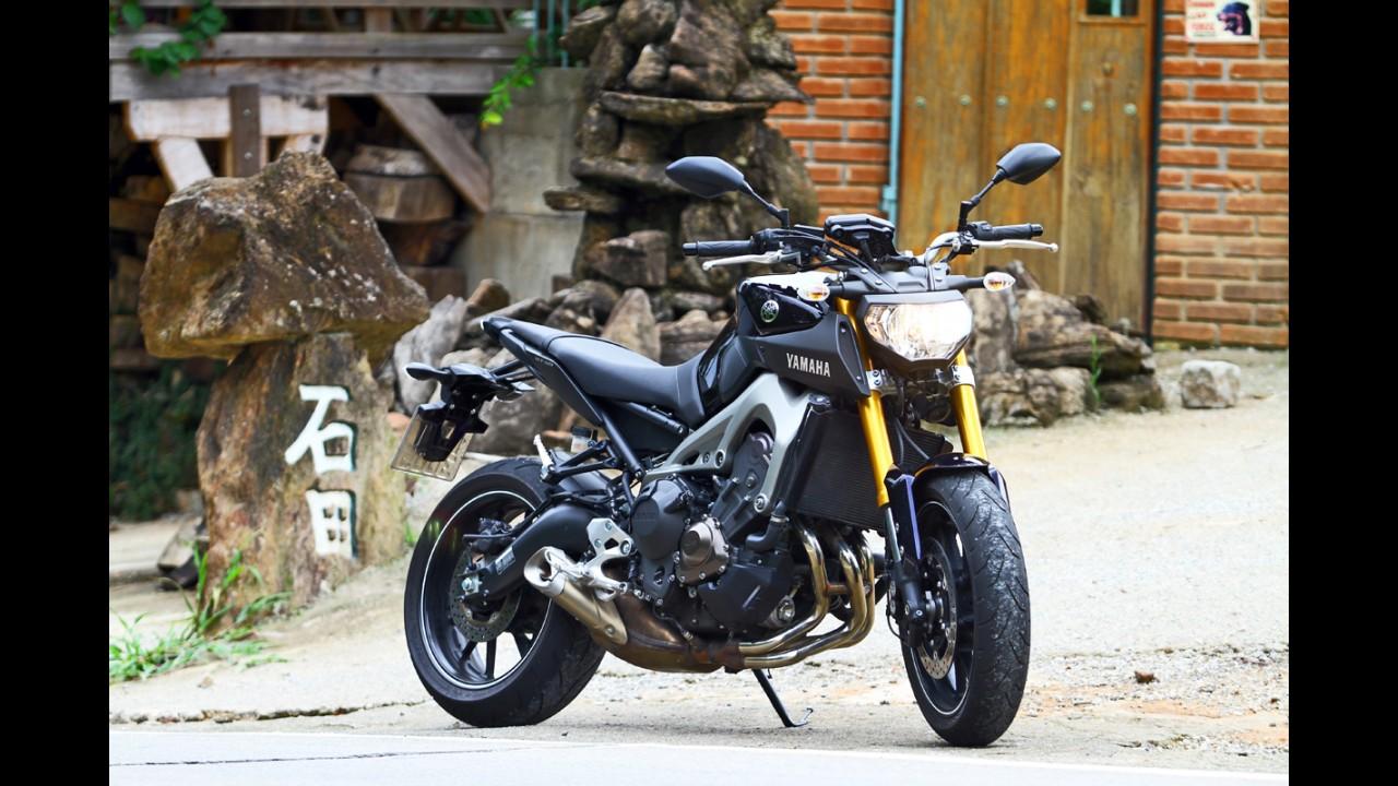 """Avaliação: Yamaha MT-09 empolga pelo """"custo-diversão"""""""