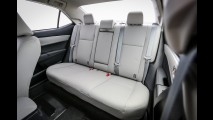 Teste CARPLACE: novo Corolla 2015 encara Civic pela liderança do segmento